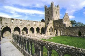 Jerpoint Abbey.jpg, 26 kB